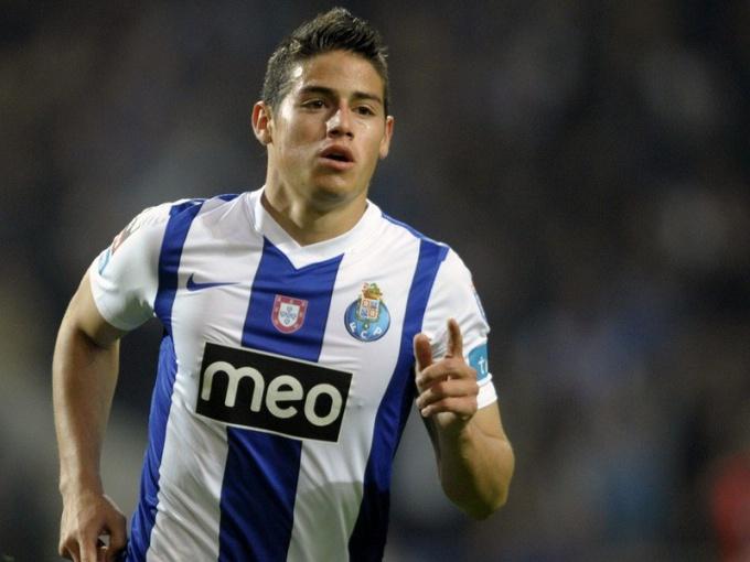 Главным событием футбольного межсезонья-2014 стал трансфер в «Реал» колумбийца Родригеса