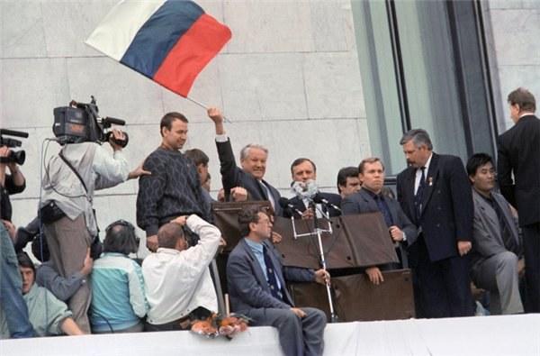 Ельцин во время путча в 1991 году