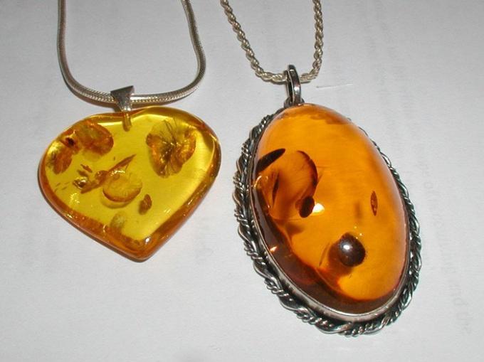 Имитация янтаря из эпоксидной смолы
