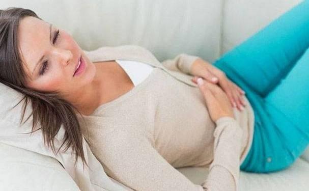 Как переносят женщины менструацию