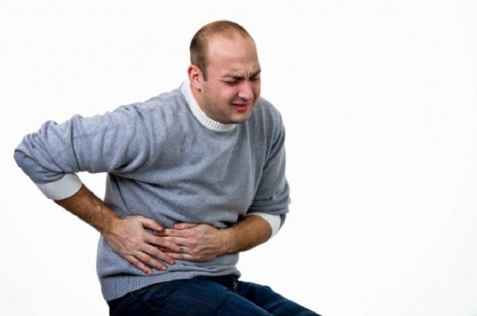 На какие типы делится гепатит
