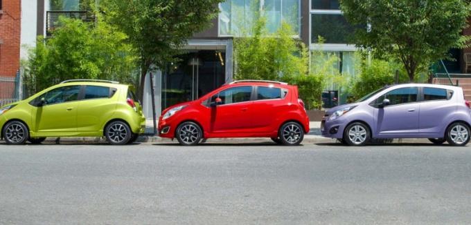 Как научиться параллельной парковке