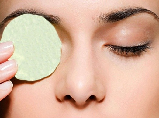 How to get rid of redness of the eye protein