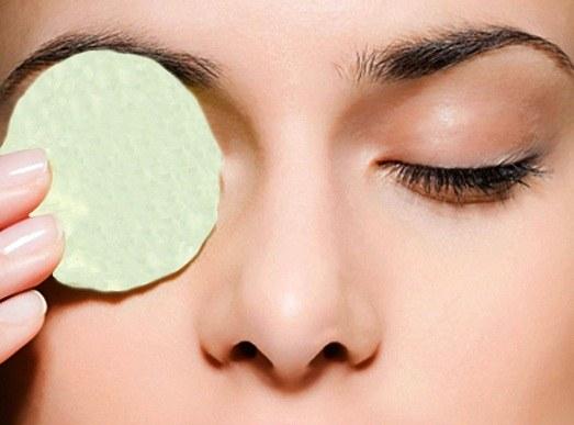 Как избавиться от красноты глазного белка