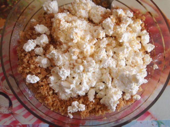 Как приготовить десертные шарики с клубникой