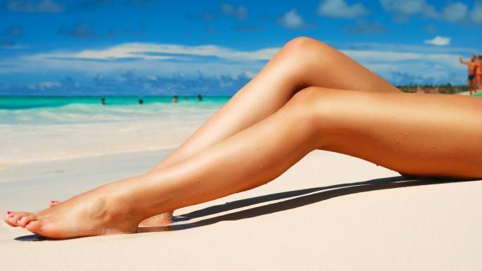 Гладкие ножки – какой способ выбрать?