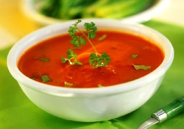 Холодный томатный суп со специями