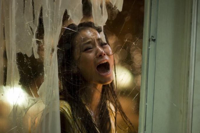 Какие фильмы ужасов рекламируют как документальные?