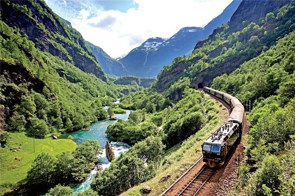 На поезде - с выгодой