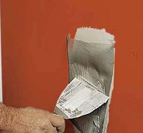Как отремонтировать дыру в стене