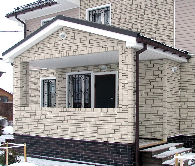 Каркасный дом, обшитый фасадными панелями Ханьи