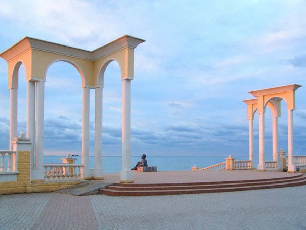 The sea is the main procedural Evpatoria resort