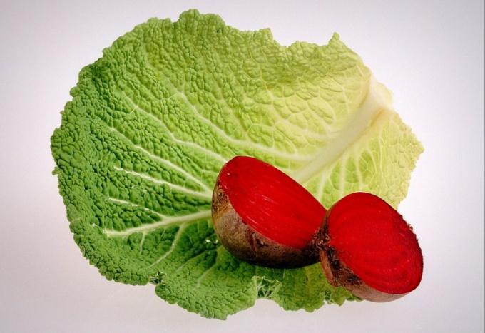 Из всех овощей наиболее эффективно справляются с запорами свекла и капуста