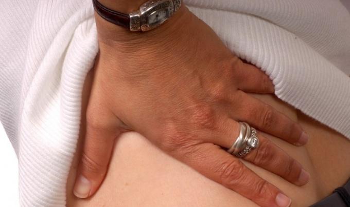 Как снять боль с седалищного нерва