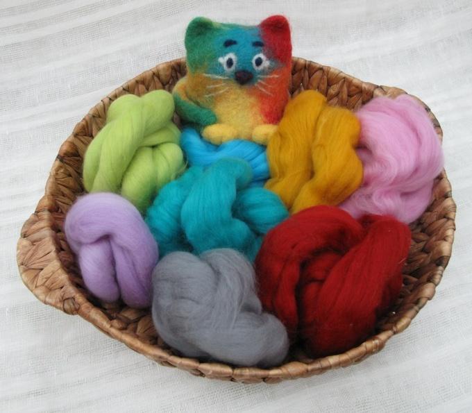 Разноцветная шерсть, иглы и немного фантазии