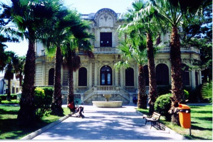Как снять виллу на Кипре