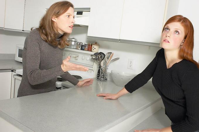Как наладить отношения со взрослыми детьми