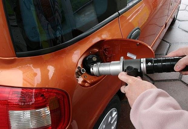 Как заменить бензонасос на ВАЗ 2110