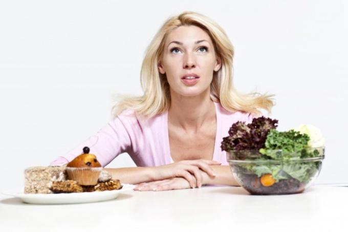 Как снизить потребление жиров