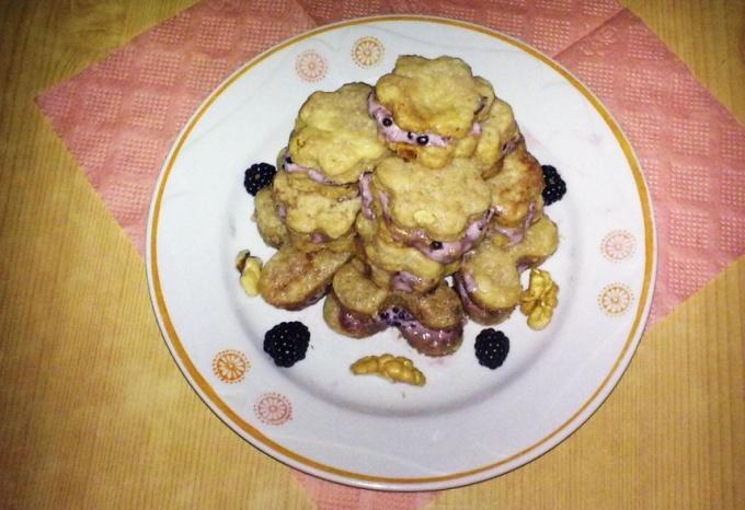 Готовим печенье с ежевикой
