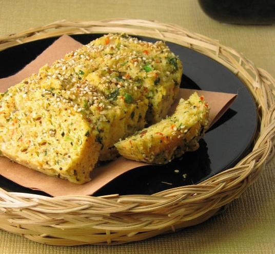 Как приготовить сырно-овощной хлеб на семолине