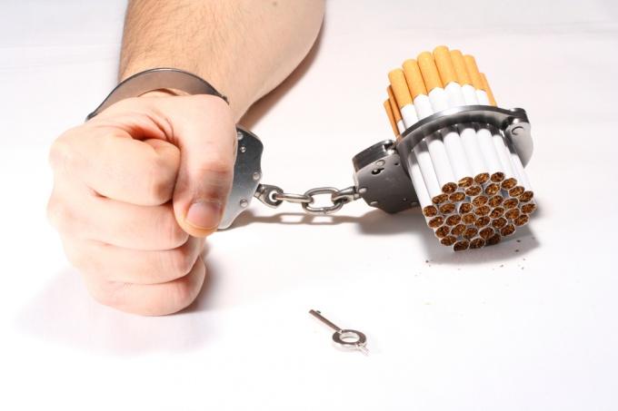 """Как бросить курить курильщику со """"стажем"""""""