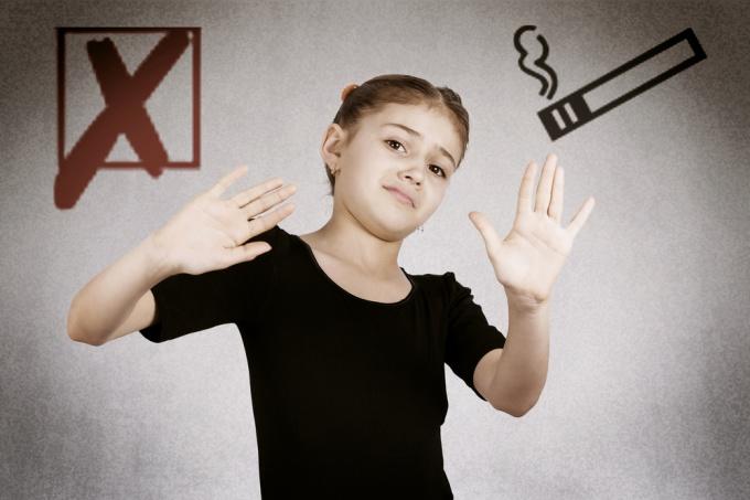 Как рассказать детям о вреде курения