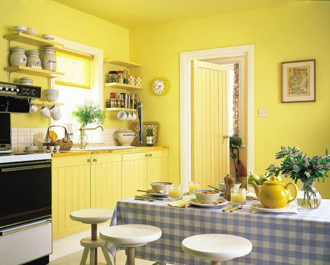 Для кухни подойдут влагостойкие краски