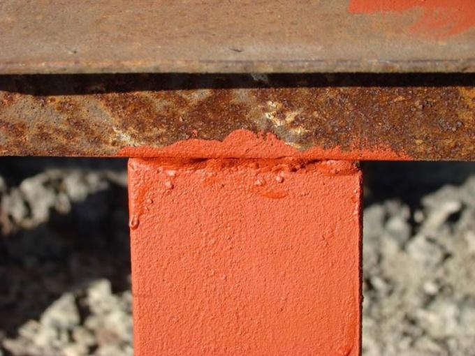 окраска ржавого металла