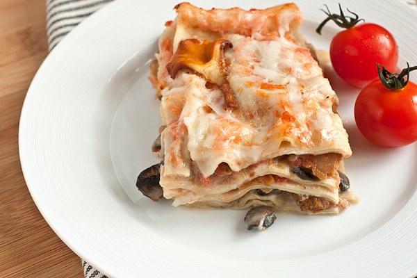 Лазанья с копченым лососем - популярное блюдо итальянской кухни