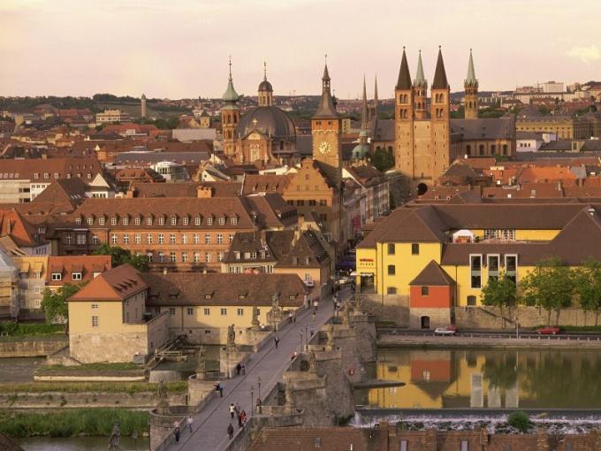 Город в Баварии, где распространен баварский диалект