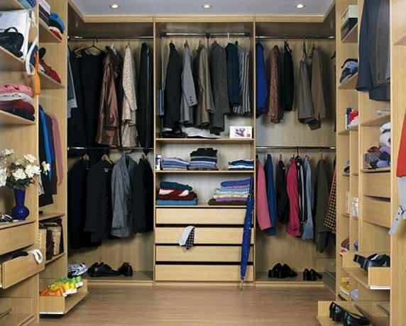 Правильно обустроенная гардеробная удобна в эксплуатации