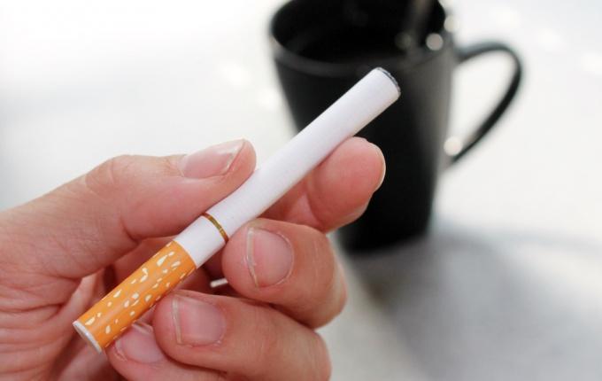 Насколько вредно курить электронные сигареты