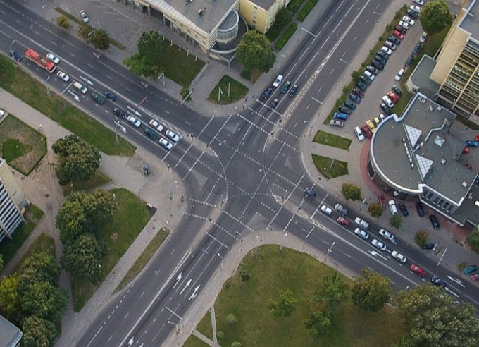 Движение на перекрестке