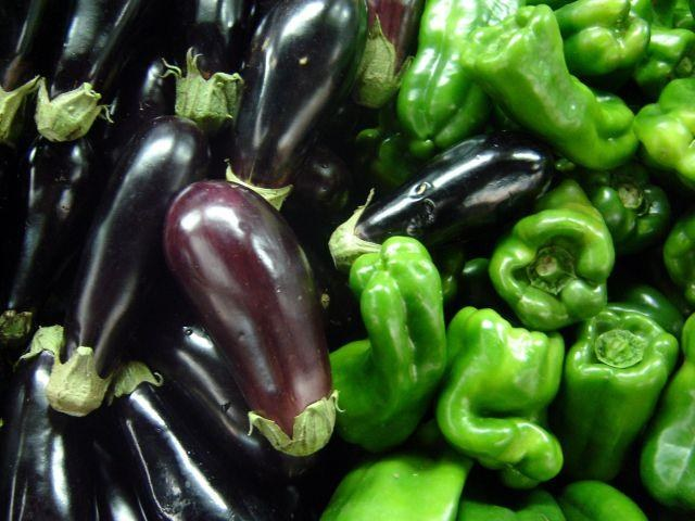 How to grow near the pepper and eggplant