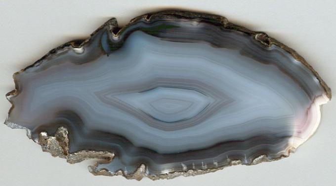 Серо-голубой агат