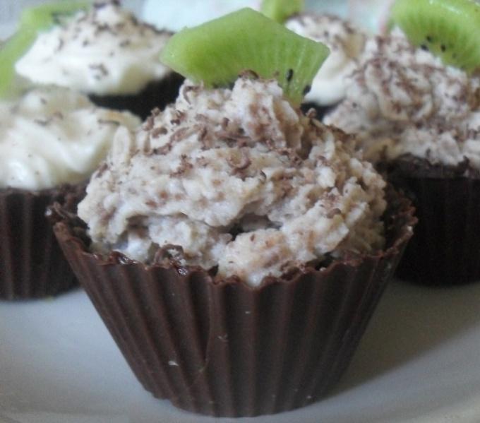 Шоколадные тарталетки с творожным кремом