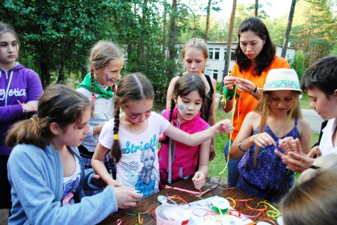 Как обеспечить безопасность ребенка в летнем лагере?