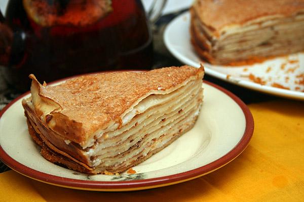 Как приготовить вкусный блинный торт на масленицу?
