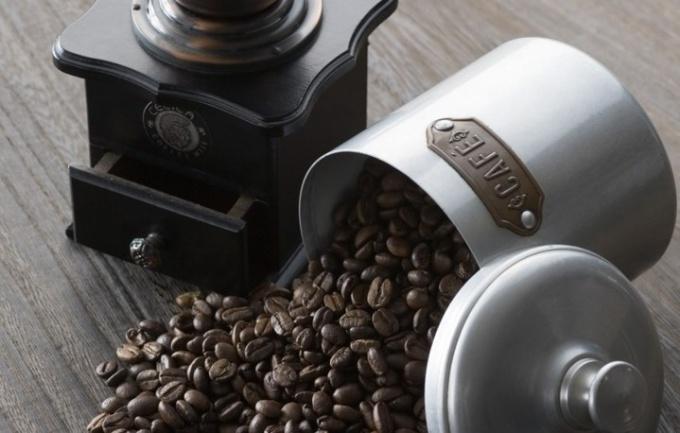 Выбор кофемолки: ручная или электрическая