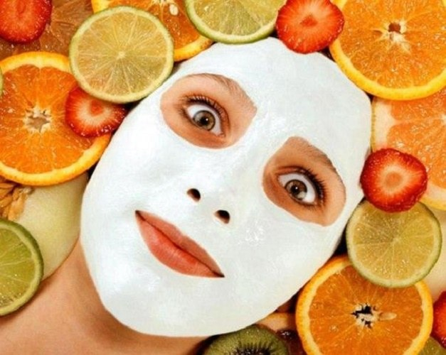 Face cleansing with fruit acids