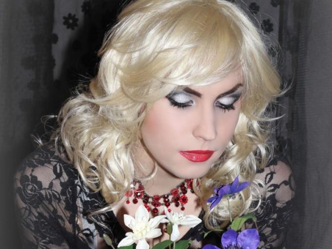 Транс-дива Марта Стюарт, Омск
