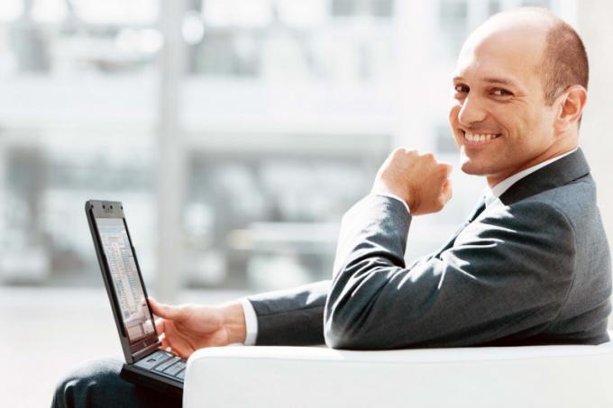 В чем преимущества нетбука перед ноутбуком