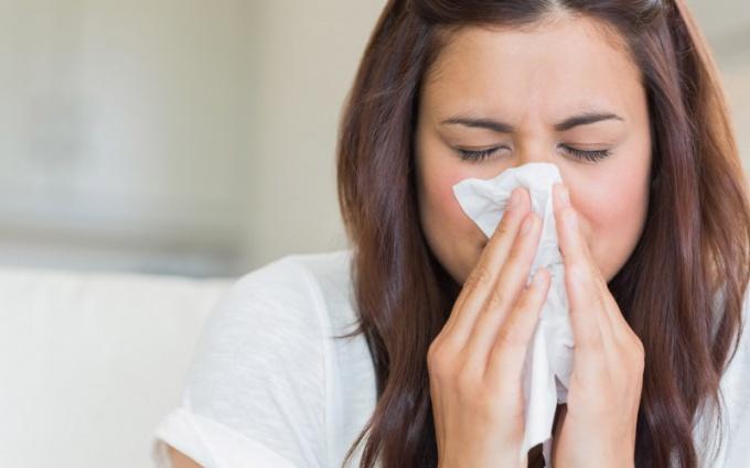Гайморит возникает в результате отека слизистой оболочки носа
