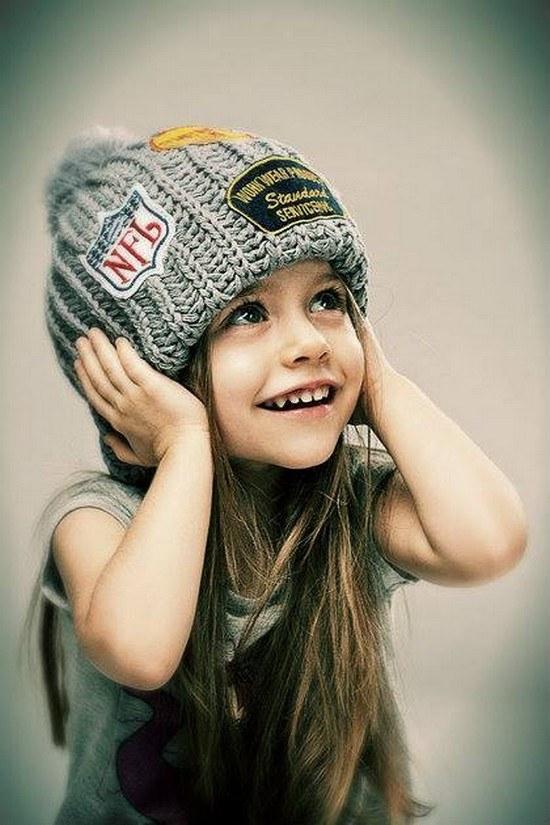 Фото маленькая девочка на аву в