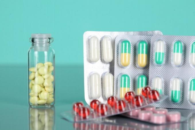 Какими лекарствами можно лечить простатит