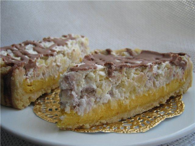 Тарт с творожной начинкой и фруктово-сливочным кремом