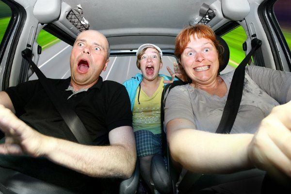 неопытные водители часто чувствуют себя неуверенно за рулем