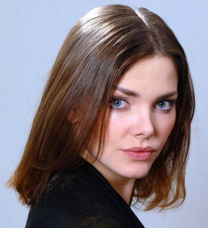 Какая стрижка подойдет девушке с худым лицом и тонкими волосами