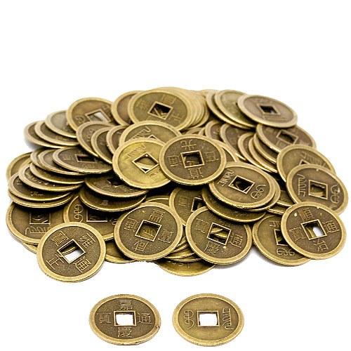 Древние монеты Китая в большой цене у нумизматов.